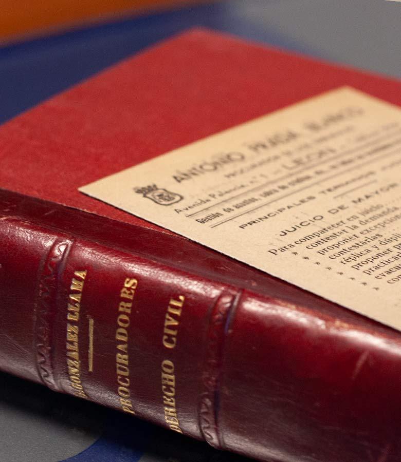 Tarpeia abogados libro